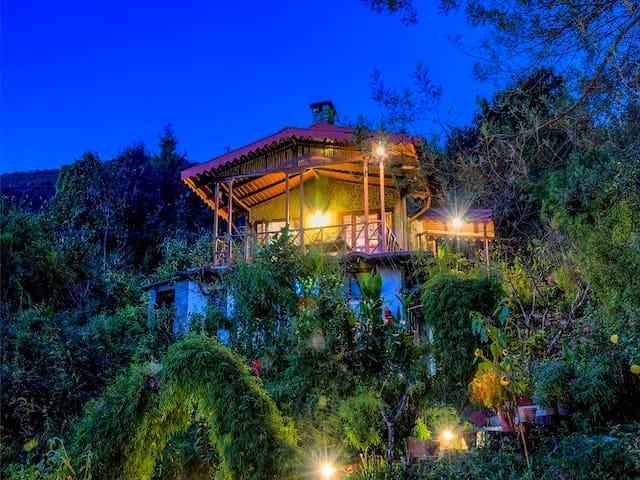Cheer Cottage, Pangot