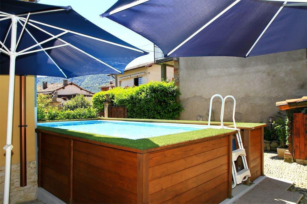 Piscina dell'alloggio Martina, casa vacanza ad Arbizzo, Lago di Lugano