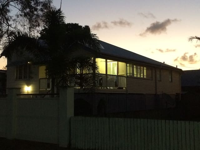 Queenslander home, close to town