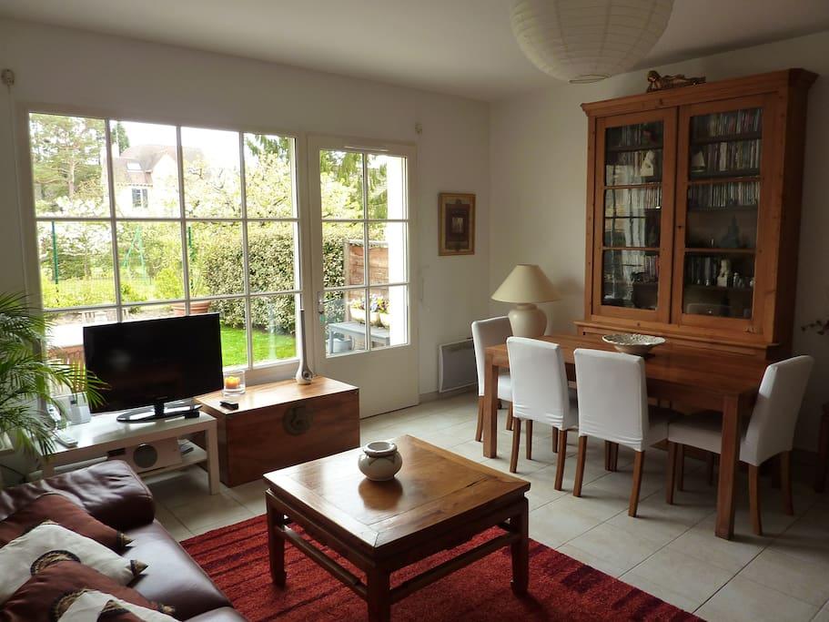 Maison de charme avec jardin maisons louer for Jardin a louer ile de france