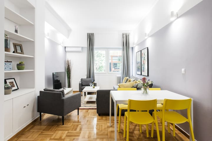 Feel the city vibes from 1BDR in the city center!