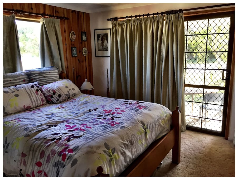 Your comfy room with private entrance