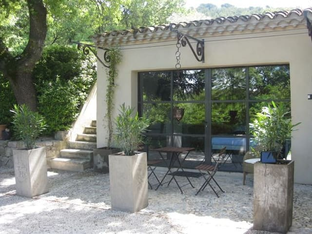 Lovely suite in the Aix countryside - Aix-en-Provence - Bed & Breakfast