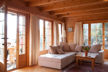 Chalet & terrasse sur les Gastlosen - Jaun