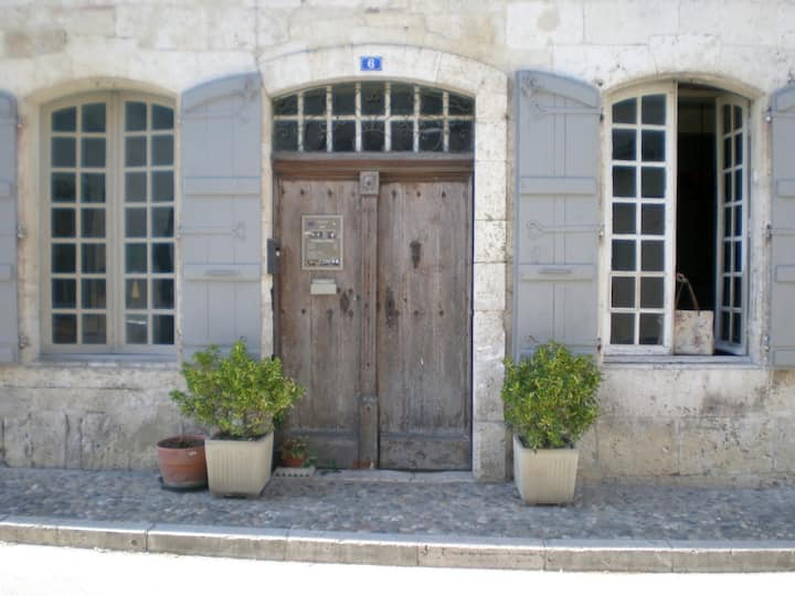 La DEMEURE Saint-Clar