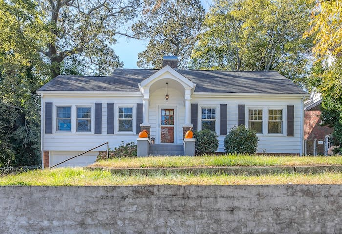 Gorgeous North Chatt Home (Steps to Downtown)