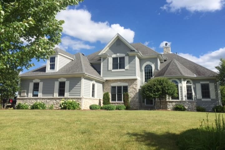 2017 US OPEN-Home Rental (pool + 10 guests) - Nashotah - Hus