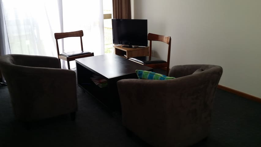 Single clean room in Melbourne surburbs