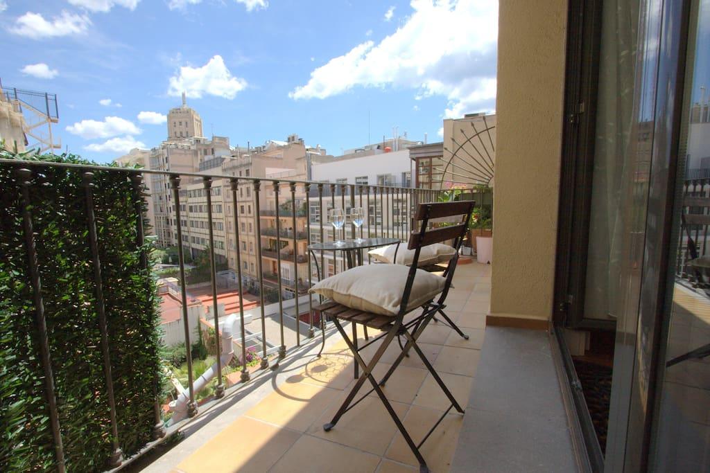 2 br apartment Plaza Catalunya