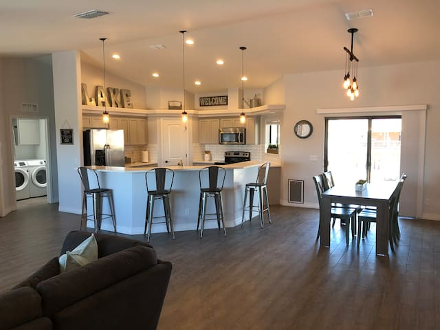 Lake Havasu Home ~ New Build
