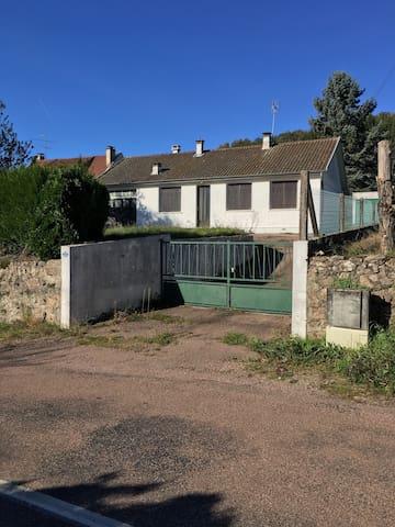 Maison moderne au cœur du Morvan des lacs