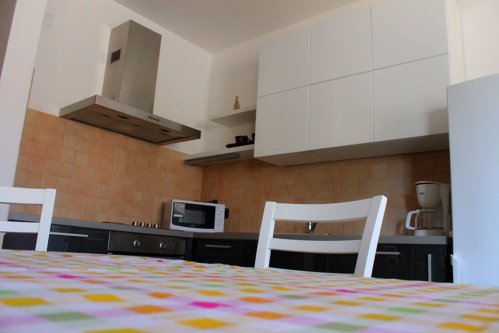 kitchen,fully equipped (coffee maker, microwave, oven, refrigerator, toaster..)