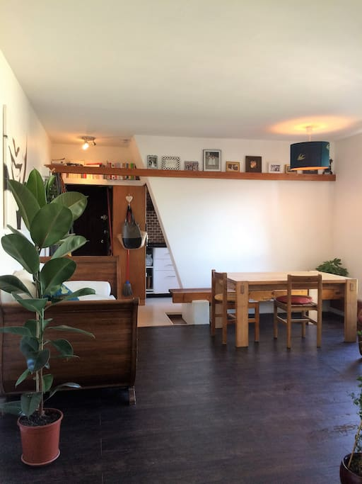 Logement charmant et atypique paris appartements for Location local commercial atypique paris