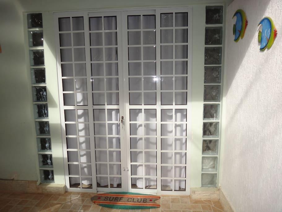 Flat 1 - Entrada Principal Varandinha/Main Door Flat 1
