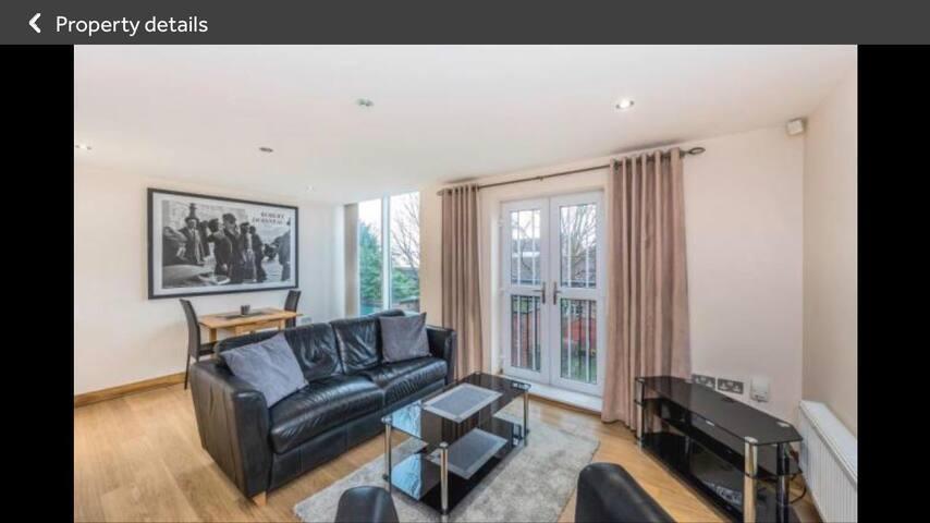 Liverpool Penny Lane area- Rockland Villas!