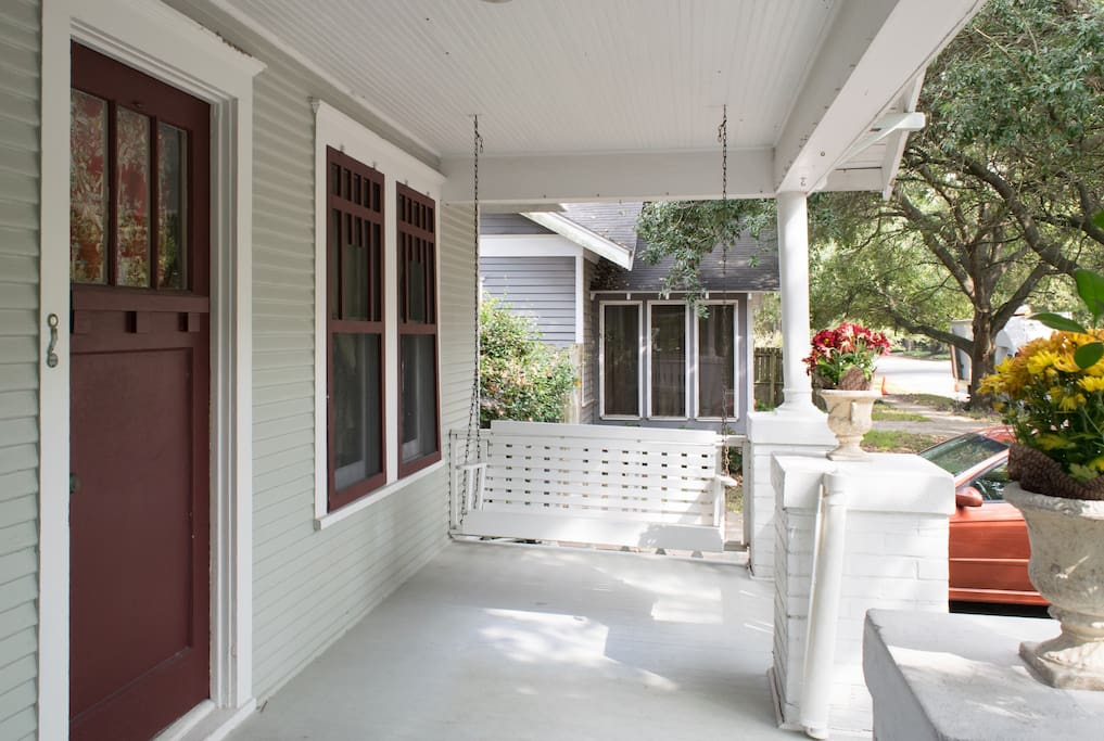 Big porch w swing is the front bungalow.