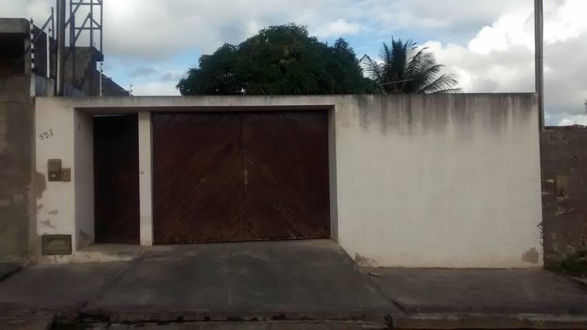 Casa 2 quartos - Arapiraca - AL