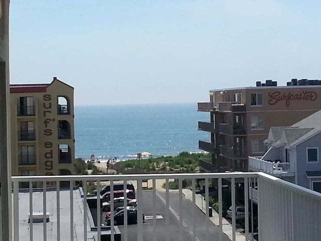 Beautiful Ocean Block Condo Ocean & Bay Views!
