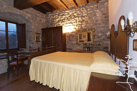 Castello dell'Aquila Gragnola 2 - Gragnola - Slott