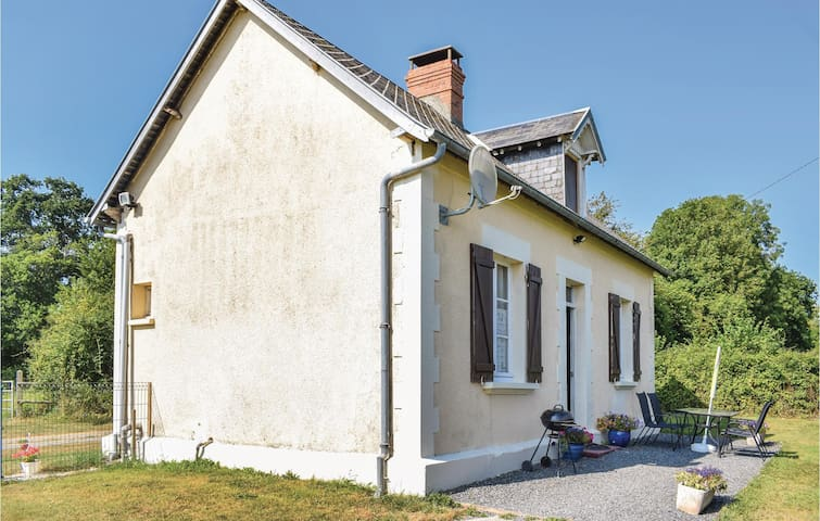 Holiday cottage with 2 bedrooms on 62m² in Le Dezert