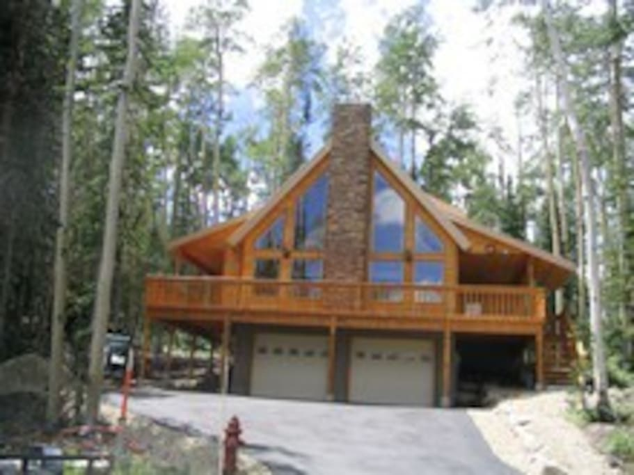 Slopeside retreat cabins for rent in brian head utah for Cabin rentals vicino a brian head utah