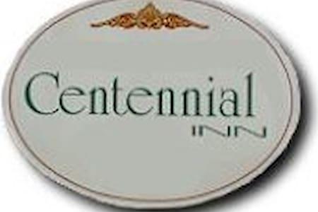 Centennial Inn - Jeffrey's Room (4) - Holland