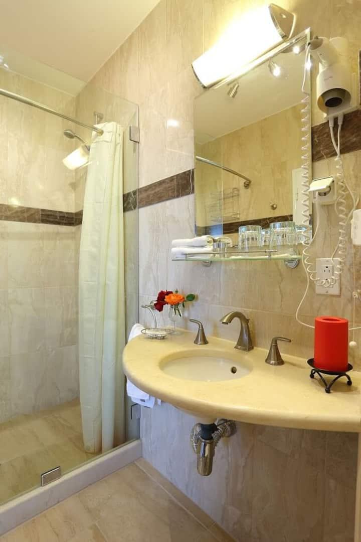 Corner Suite Standard