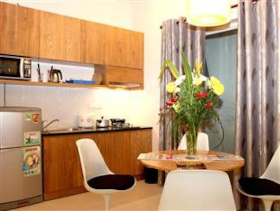 Kitchen- guests feel like home.