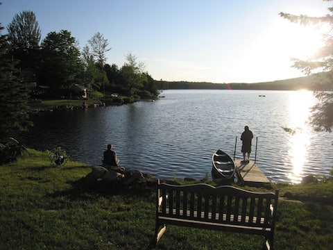 Lux VT Cabin. Perfect getaway. Prime spring sumr!