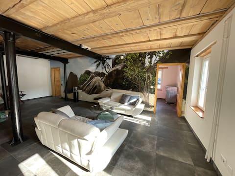 3 Bedroom Loft Apartment