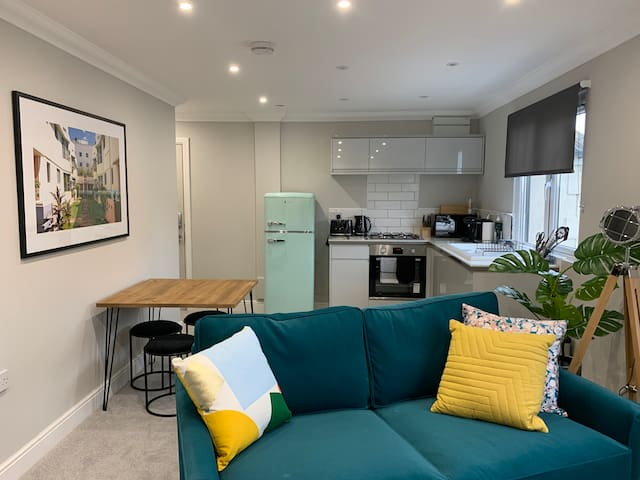 Modern Two Bedroom Apartment