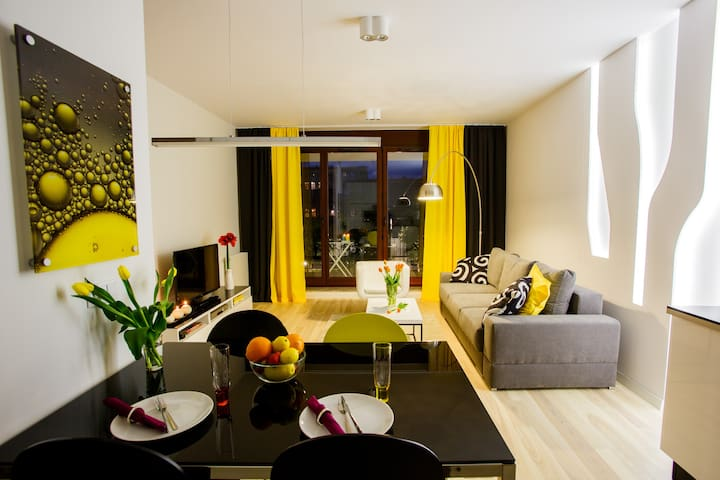 Spacious & Modern.Welcome to Lemon! - Wroclaw - Apartemen