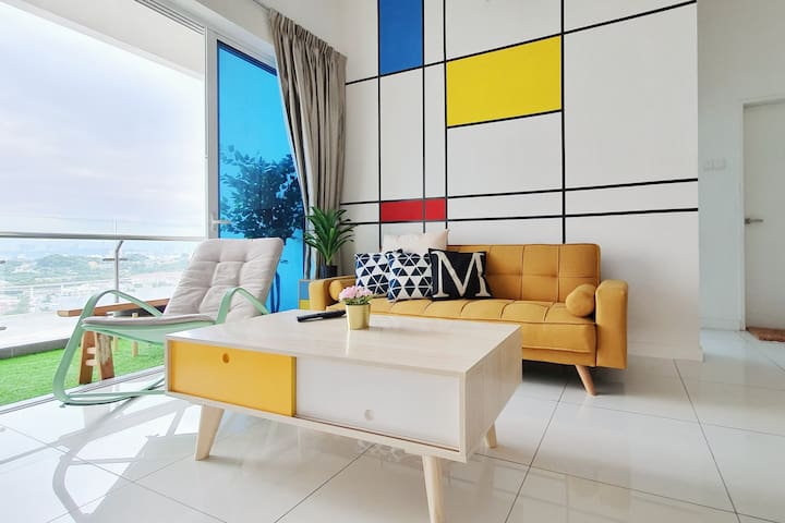 No.8 The Cube @ Colorful enjoy n relaxing house