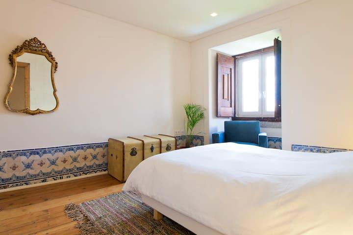 Master bedroom - plain simple