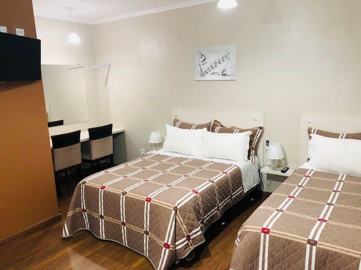 Hotel Pousada do Estudante - Apto TRIPLO