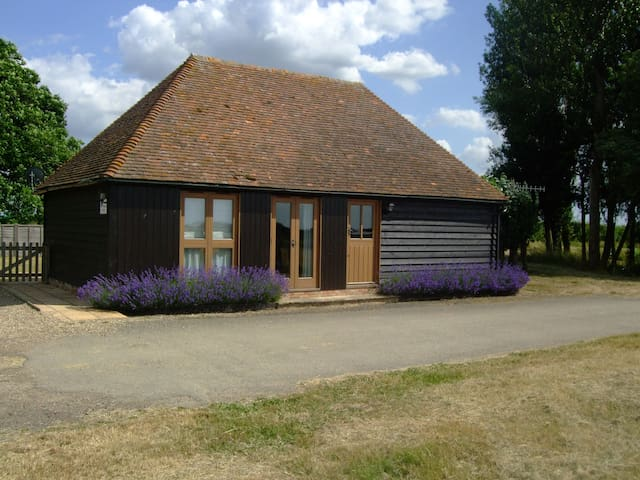 Self-Catering Cottage on Farm - Linton - Casa