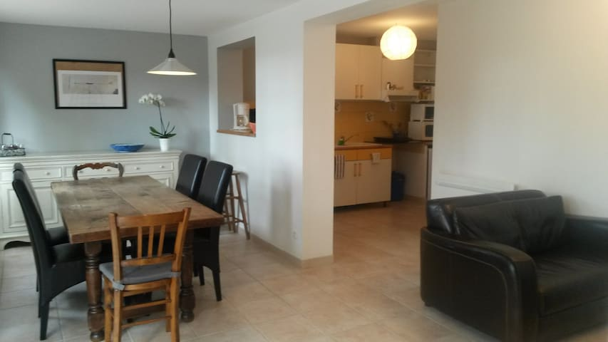 Appartment in Velaux - Velaux - Apartment