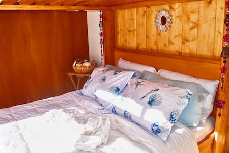 Private room at Lolia Ecovillage by the ocean!