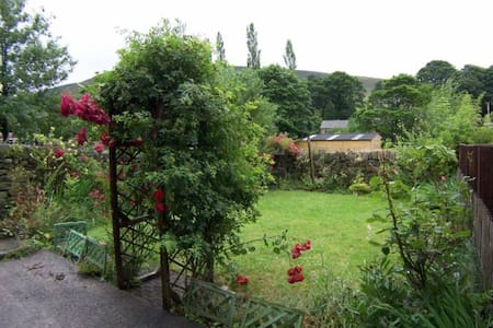 Chew Cottage Saddleworth, Manchester - Greenfield - Rumah