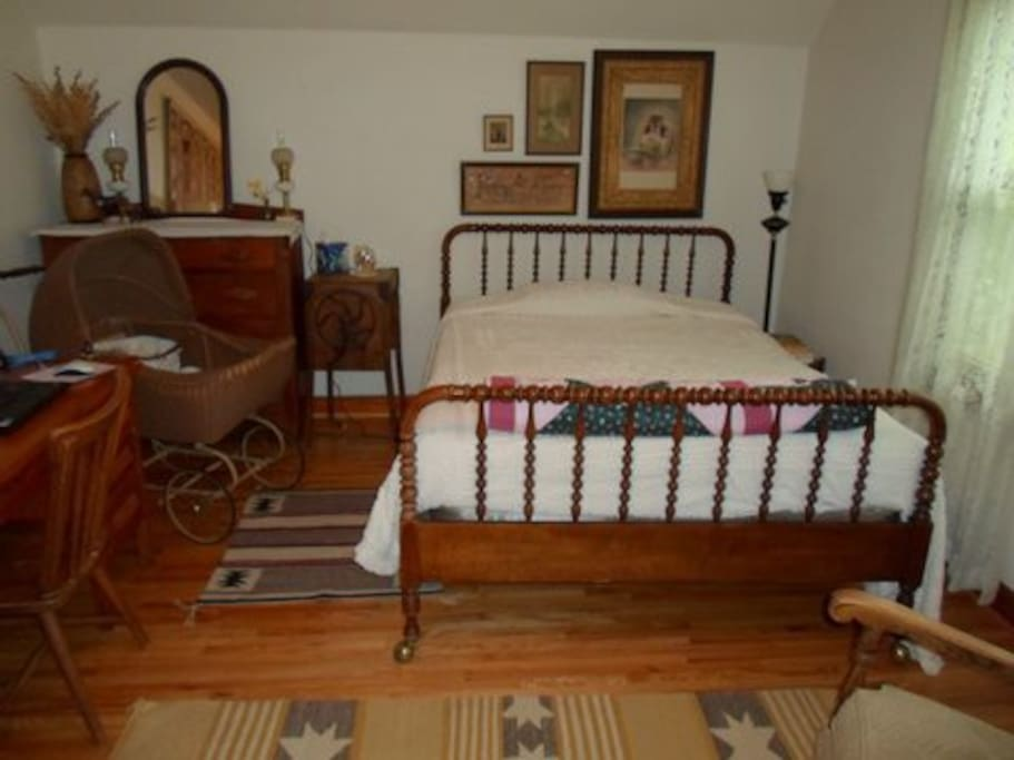 Here's the north bedroom.  There's a double bed with plenty of light.