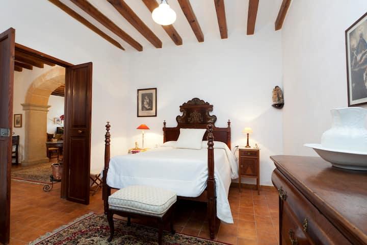 Stately Mansion in Majorca center