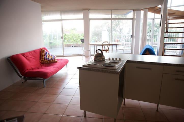 Artist Studio/Apartment in Dee Why, Sydney