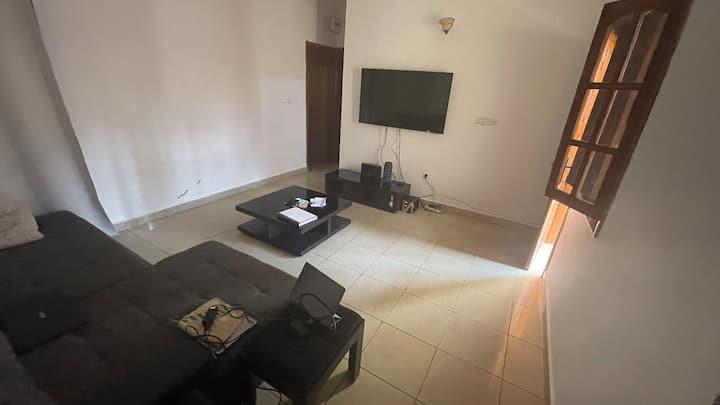 Paisible Appartement à Bastos