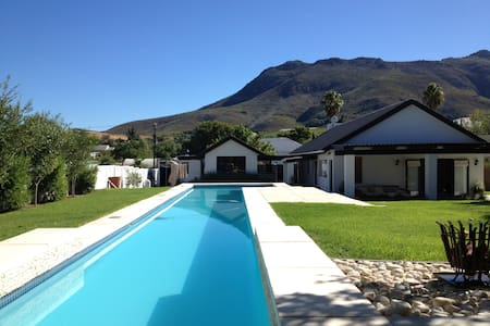 Country Vegan Escape - Riebeeck Kasteel