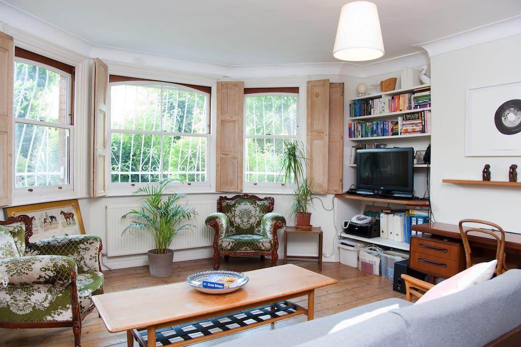 Quiet garden room brixton london apartments for rent in for Garden rooms london
