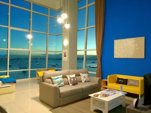 180° Sunrise Seaview at Maritime Suite, Georgetown