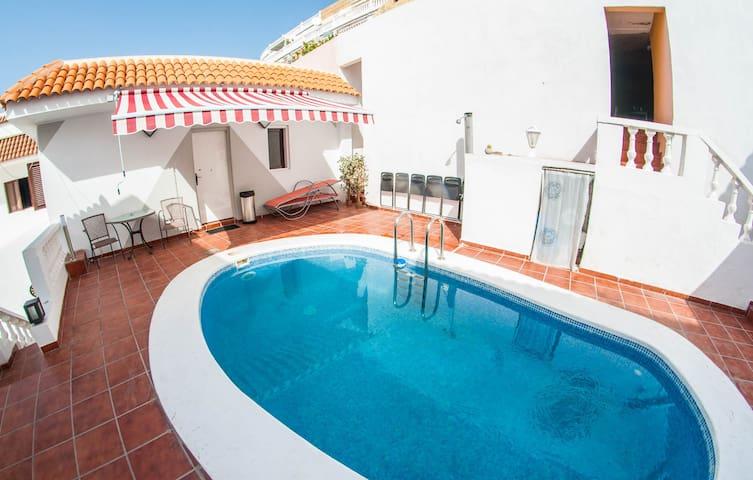 Apartment 4-6 pax + private pool & Gym - Playa de la Américas - Ev