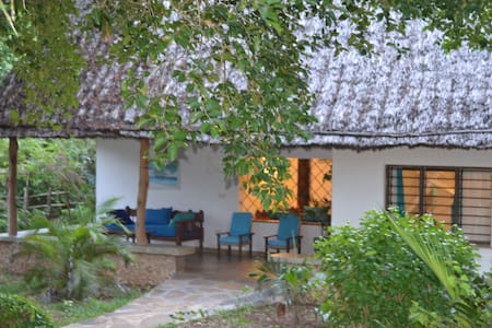Beautiful romantic cottage Trinket - Watamu