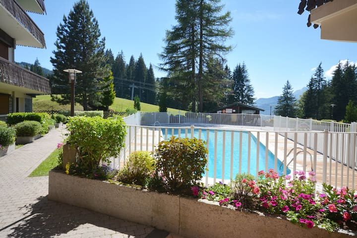 Grizzli-5People- Lovely studio with sleeping area