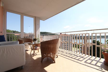 Sunny Luxury Apt, Terrace Sea View - Portorož
